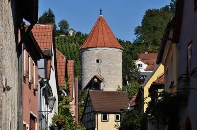 """Der """"rote"""" Turm zu Sommerhausen"""